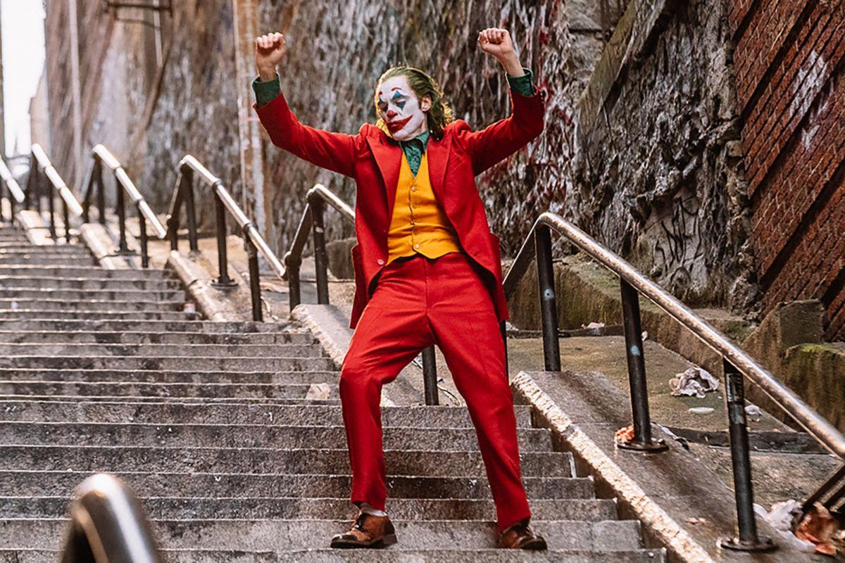 joaquin-phoenix-joker-movie-review-1